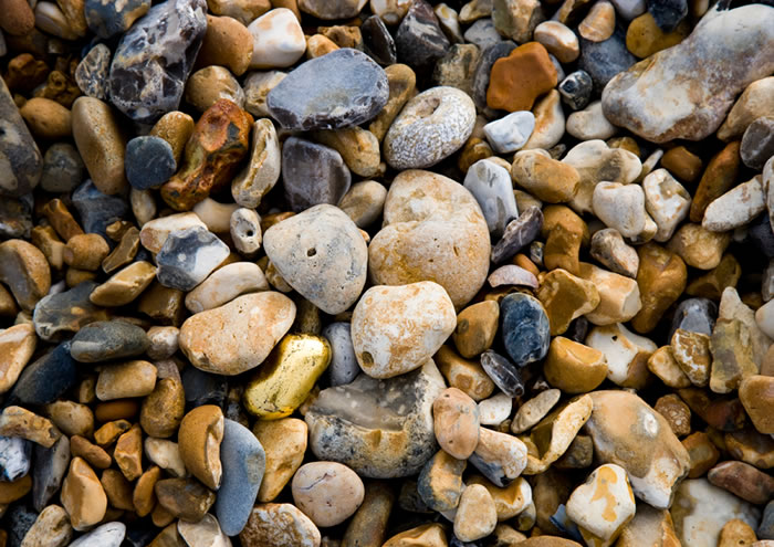 Impossible Changeling, beach hut, pebbles, gold leaf, 2008